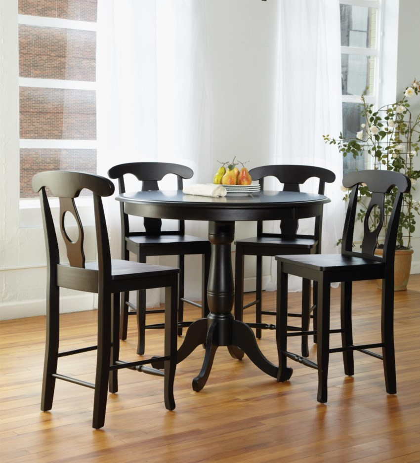 Dining room black and