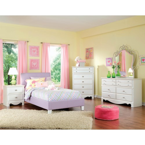 Standard Furniture Fantasia Full Bedroom Group