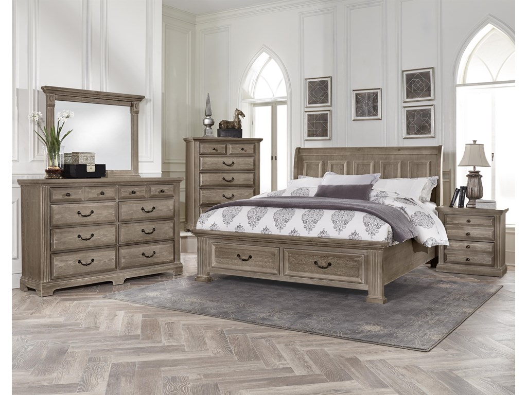King Size Bed Shown. Queen Size Bed Has 4 Panels on Headboard and Footboard.