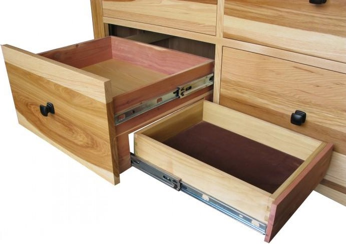 Cedar-Lined Drawer Bottoms and Felt-Lined Top Drawers