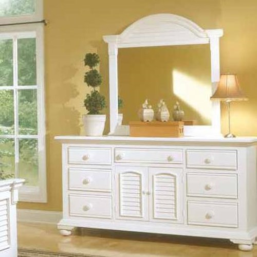 American Woodcrafters Cottage Traditions Triple Dresser and Dressing Mirror Combo