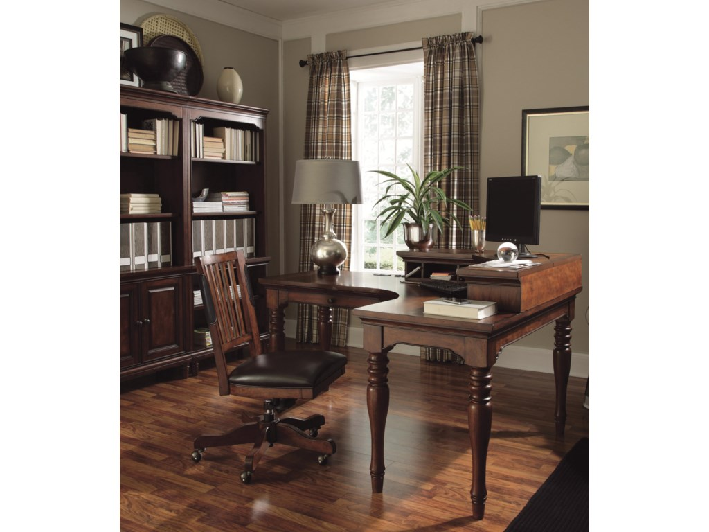 Shown with Corner Hutch and Office Chair