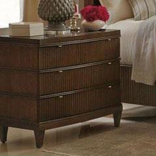 Bernhardt Beverly Glen Bachelor's Chest with Fluted Drawer Fronts