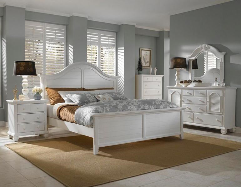 Shown with Night Stand, Queen Panel Bed and Door Dresser with Mirror