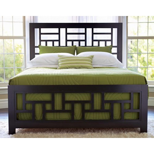 Broyhill Furniture Perspectives Queen Lattice Headboard & Footboard Bed