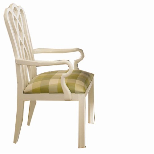 Century New Traditional Graceful Arm Chair