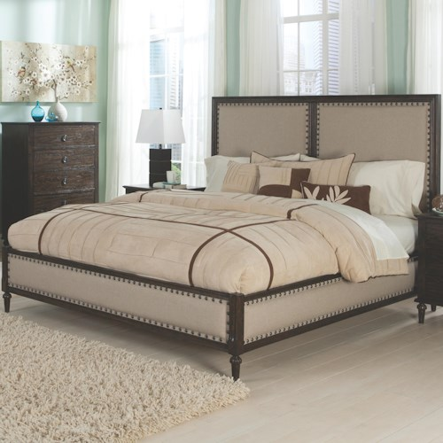 Coaster Saville Queen Bed with Turned Feet and Nail Head Trim