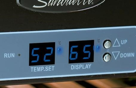Precise Digital Thermostat with LED Display