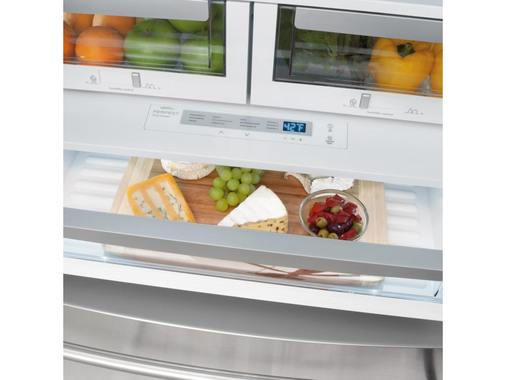 Luxury-Close™ Humidity-Controlled Crisper Drawers