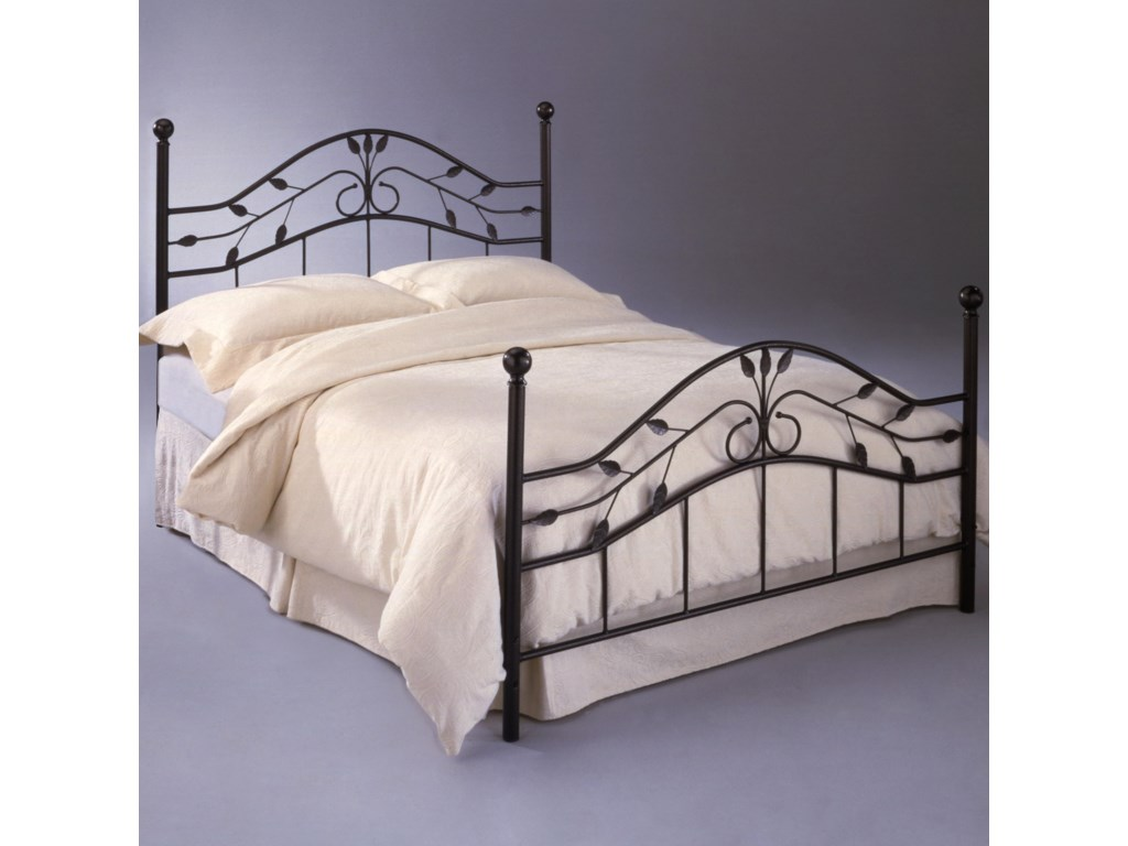 Duo Panel Shown in Bed Setting