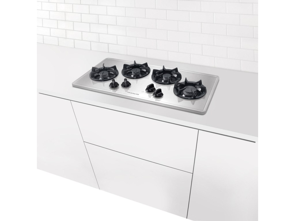 Cooktop Mounts Beautifully in Kitchen Countertop