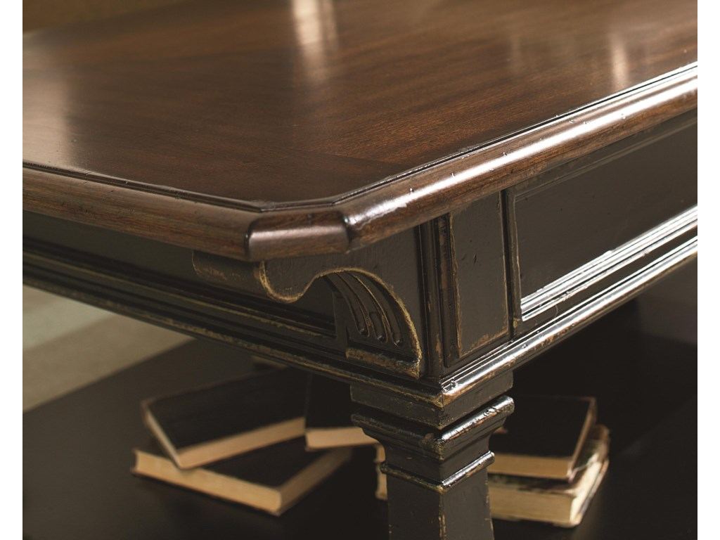 View of Edge Molding Detail