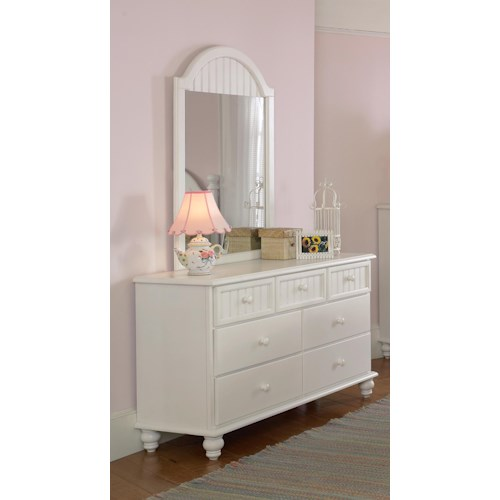 Hillsdale Westfield Dresser with 7 Drawers and Stacked Bun Feet