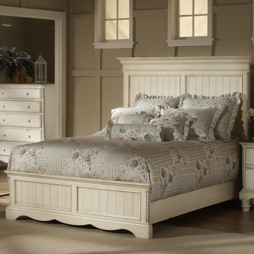 Hillsdale Wilshire Queen Panel Bed w/ Reeded Columns