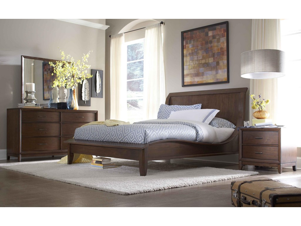 Shown with Bed, Dresser & Mirror