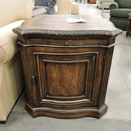 Hooker Furniture Clearance Lamp Table