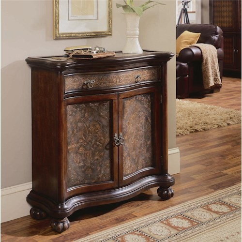 Hooker Furniture Seven Seas Hall Chest