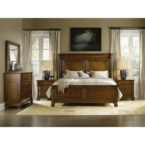 Hooker Furniture Tynecastle Traditional King Panel Bedroom Group