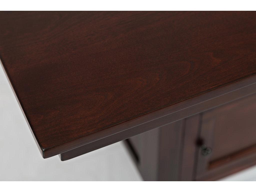 Table Corner Detail Shot