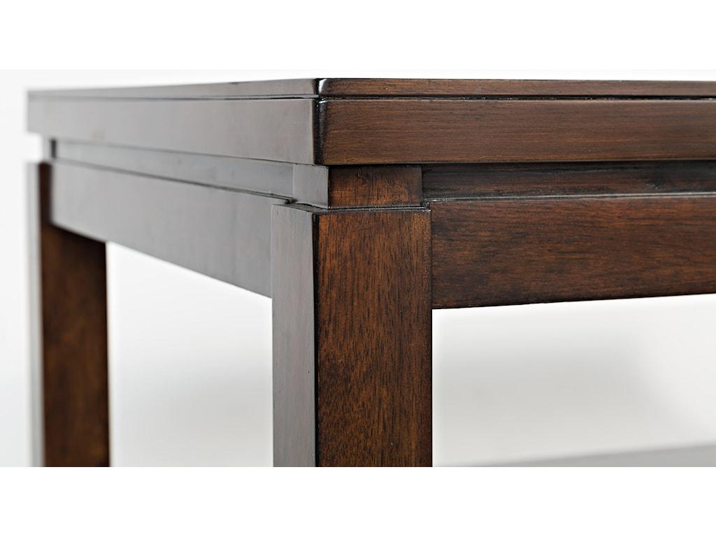 Table Top Edge Detail Shot