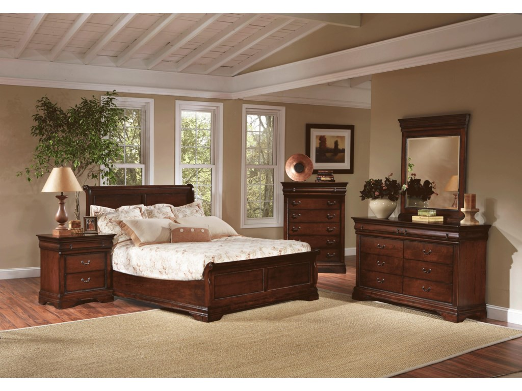 Largo Bedroom Furniture Largo Bordeaux Traditional Queen Low Profile Sleigh Bed With