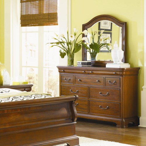 Legacy Classic Evolution 9 Drawer Dresser & Mirror Combo