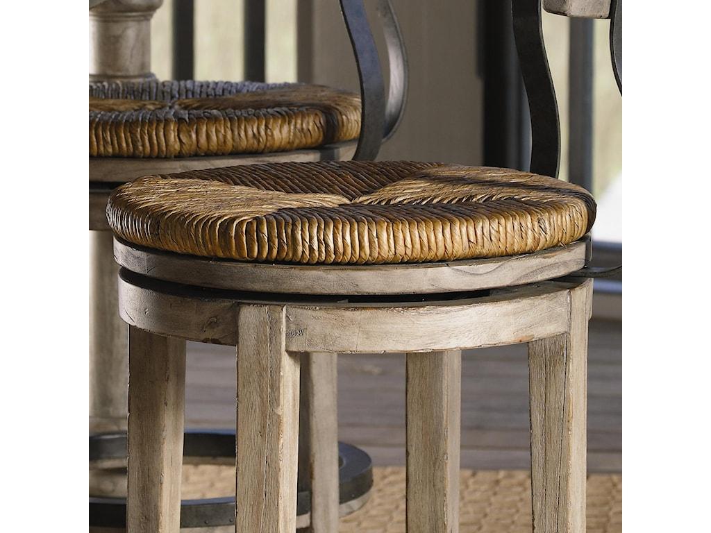 Round Hand-Woven Rush Swivel Seat