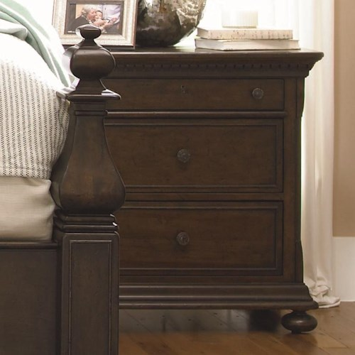 Morris Home Furnishings Pine Bluff 3-Drawer Nightstand