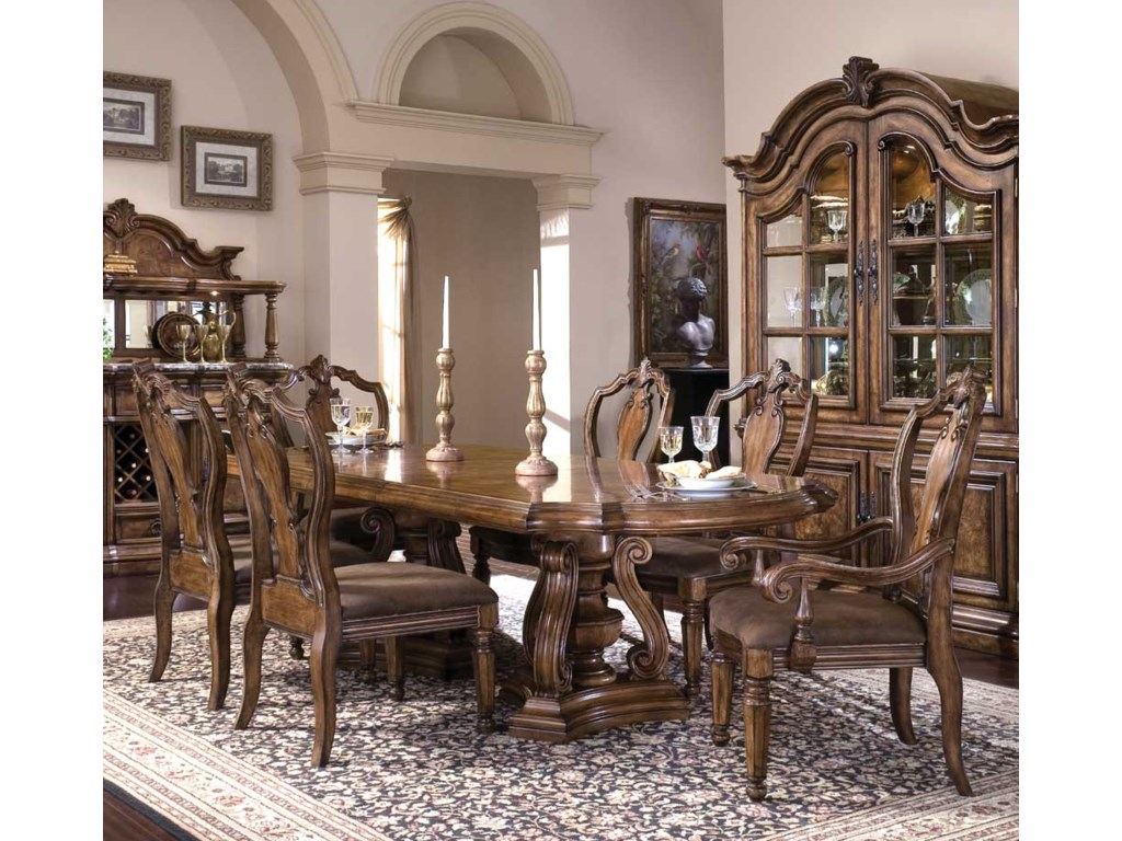 Shown here with 662-271 Arm Chairs and 662-270 Side Chairs