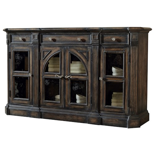 Pulaski Furniture Accentrics Home Delmar Sideboard w/ Fluted End Posts