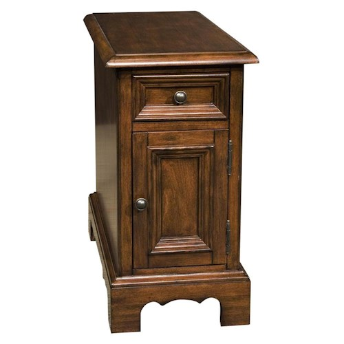 Riverside Furniture Cantata 1 Drawer and 1 Door Traditional Chairside Table