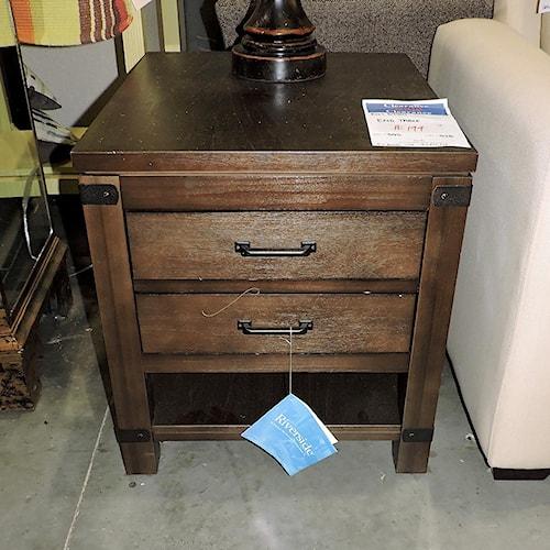 Riverside Furniture     End Table