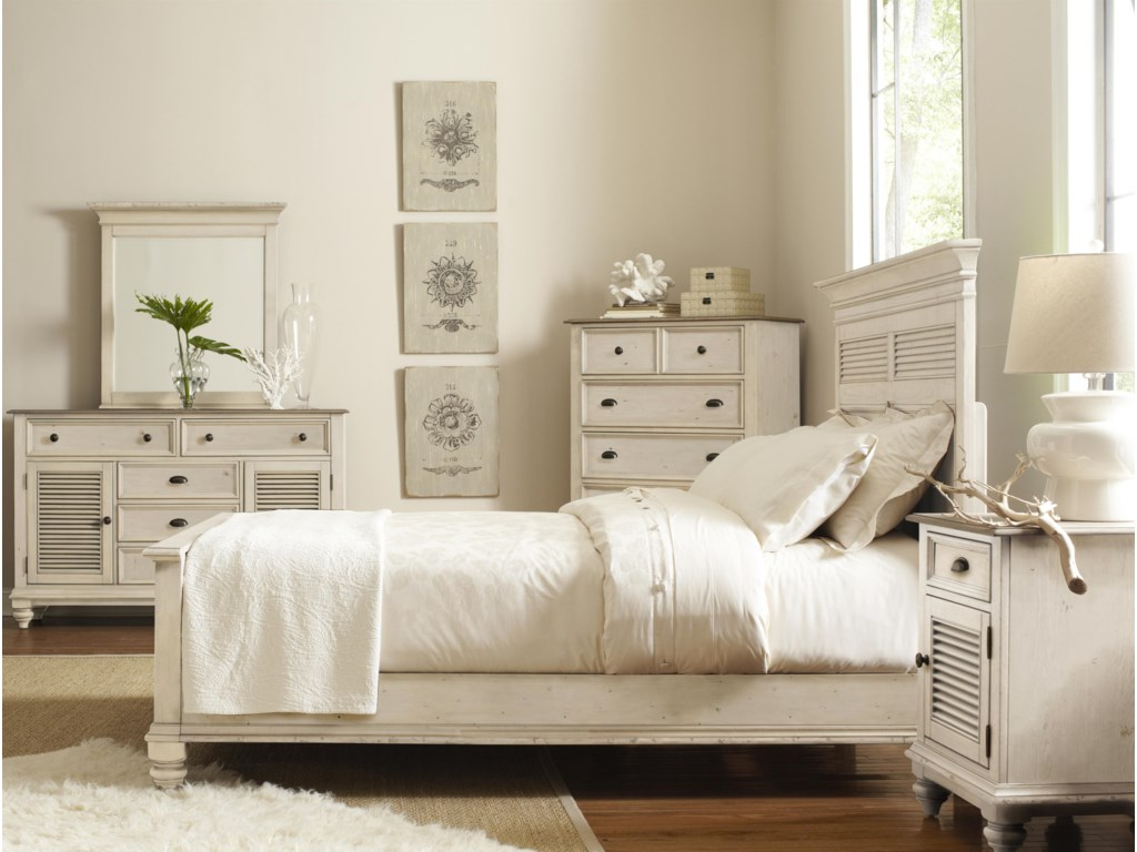 Shown with Chest, Platform Bed & Night Stand