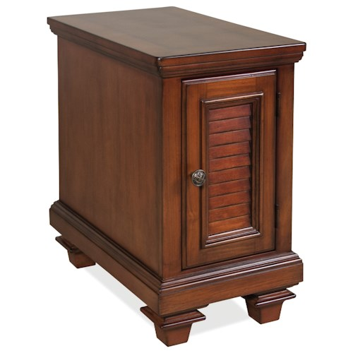 Riverside Furniture Windward Bay 1 Door Chairside Chest