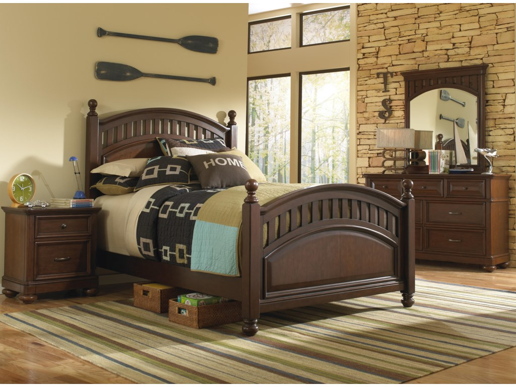 Shown with Low Post Bed, Nightstand, Dresser and Mirror