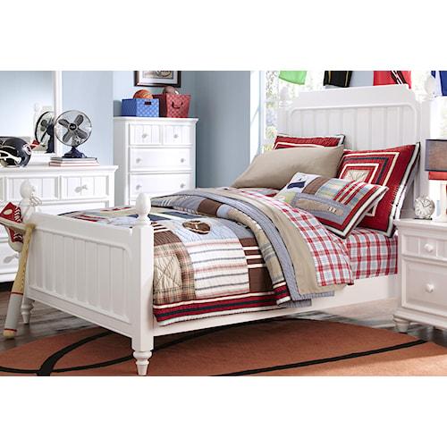 Morris Home Furnishings Shelbourne White Full Poster Bed