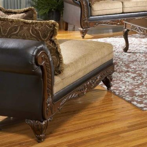 Serta Upholstery 7900 Serta Traditional Upholstered Chaise with Scatter Cushions