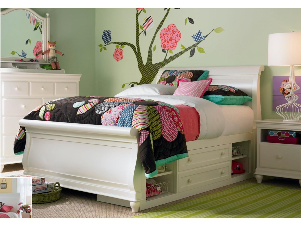 Shown with Storage Sleigh Bed, Dressing Chest & Tilt Mirror