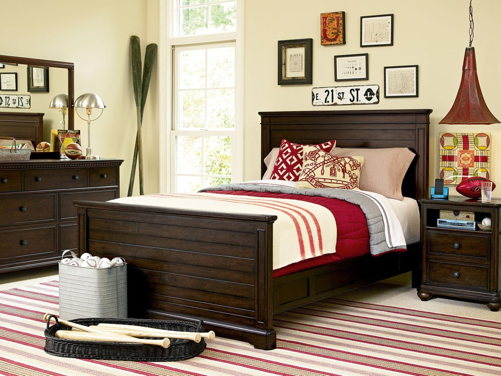 Shown with Mirror, Panel Bed and Nightstand
