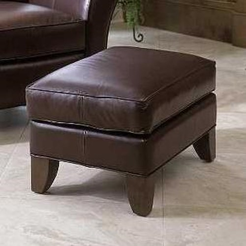 Smith Brothers 966 Ottoman w/ Tapered Legs
