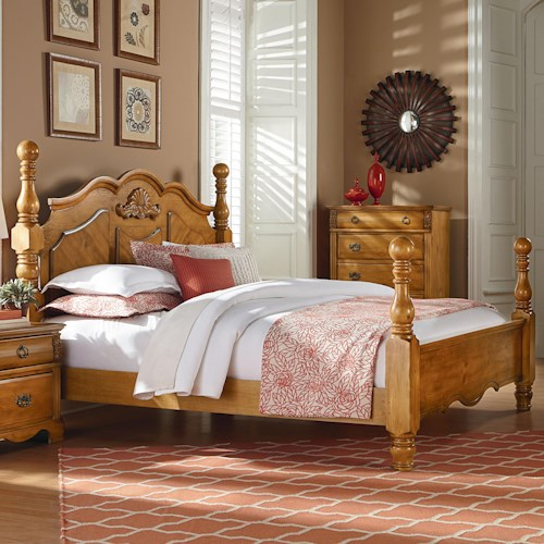 Standard Furniture Georgetown Traditional Cannonball Poster King Bed
