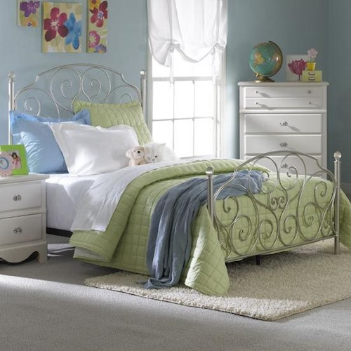 Standard Furniture Spring Rose Full Metal Bed