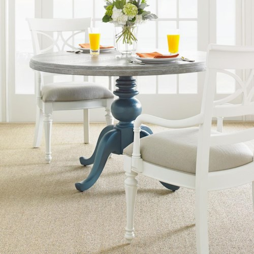 Stanley Furniture Coastal Living Retreat 3-Piece Round Pedestal Table Set