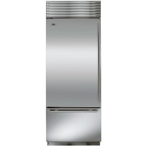 Sub-Zero Built-In Refrigerators ENERGY STAR® 16.8 Cu. Ft. Bottom Freezer Refrigerator with Air Purification
