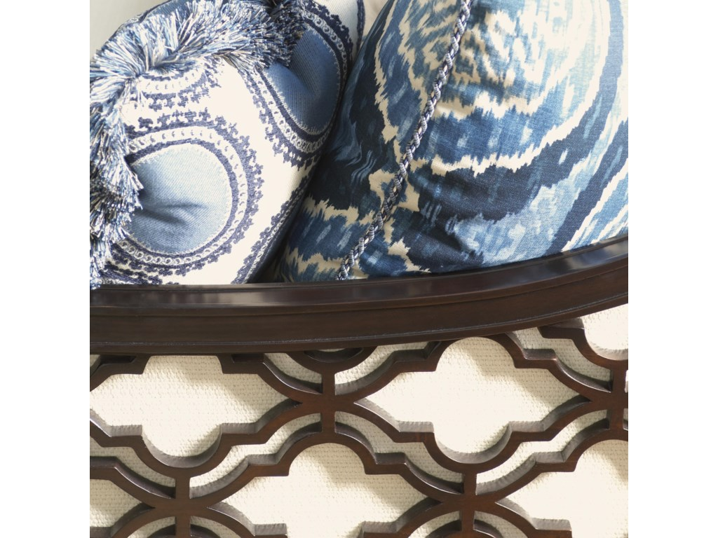 Quatrefoil Design Adds an Eye-Catching Pop to the Piece