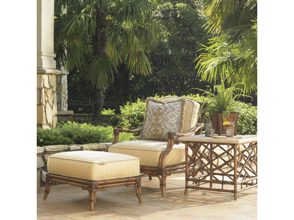 Shown with Lounge Chair and Square End Table