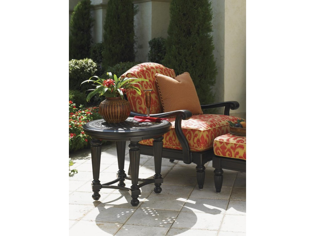 Shown with Lounge Chair and Ottoman