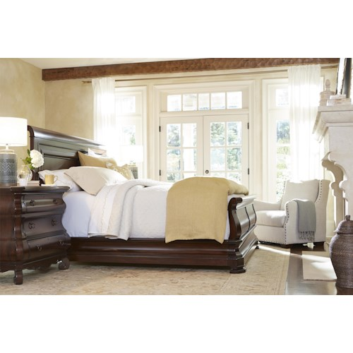 Universal Reprise Queen Bedroom Group