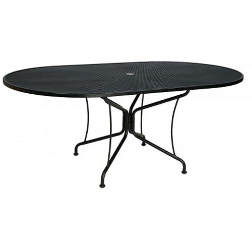 Woodard Fullerton Oval Umbrella Table w/ 8 Spoke