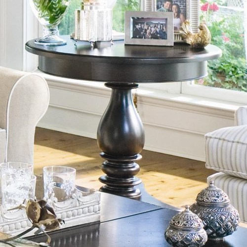 Universal Home Round Side Table with Turned Pedestal